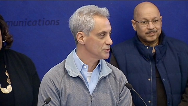 [CHI] City, State Leaders Respond to Cold Emergency