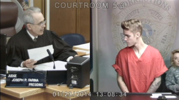 [MI] Justin Bieber in Miami-Dade County Bond Court