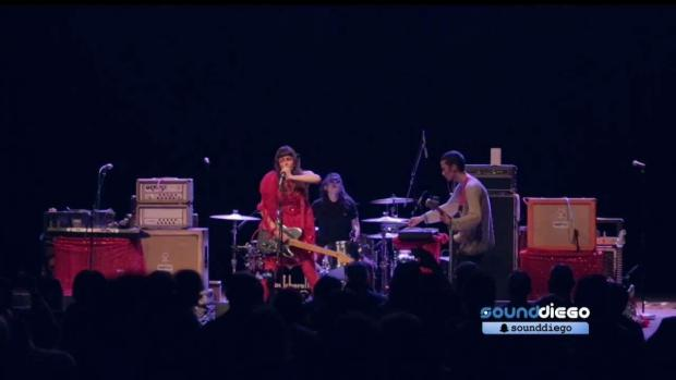 [DGO] Watch Le Butcherettes Cut Up the Observatory