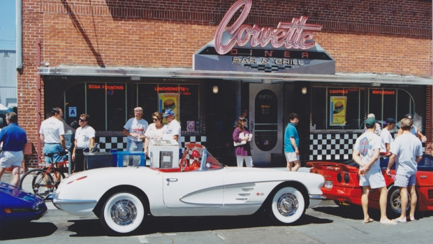 [G] San Diego's Corvette Diner Through the Years