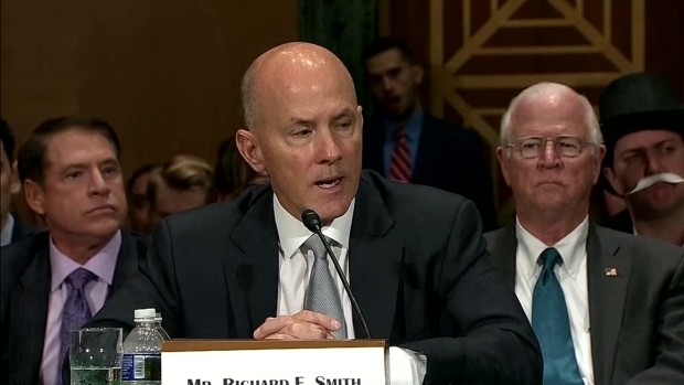 [NATL-DFW] Woman Dressed as Monopoly Character Photobombs Equifax Hearing