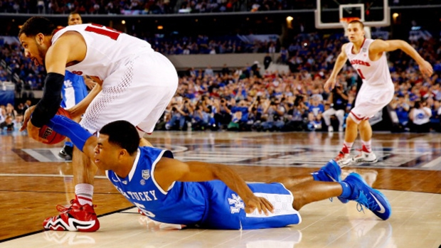 16 Ridiculous March Madness Moments