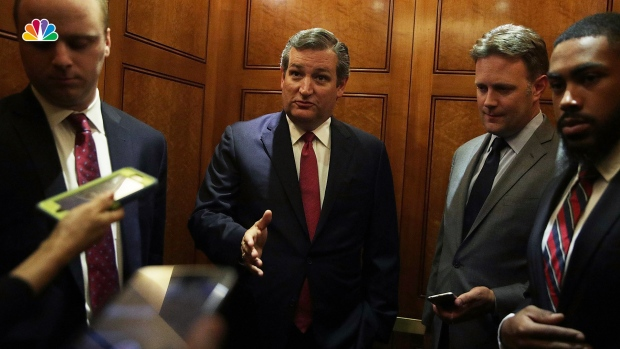 [NATL] Sen. Ted Cruz on Why His Twitter Account Left a ❤️  on Porn