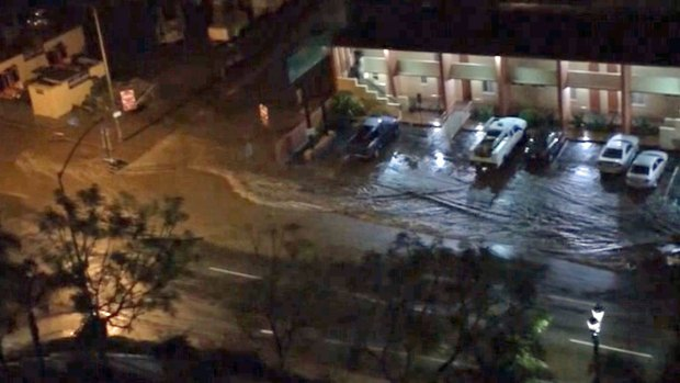 RAW VIDEO: Flash Flood at SR163 in Downtown