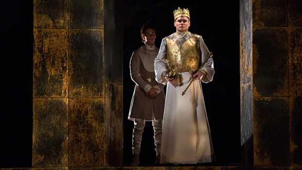 [G]Photos: Robert Sean Leonard as King Richard in Old Globe's King Richard II