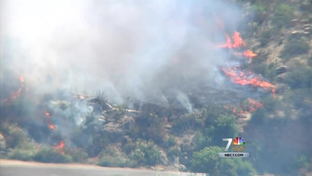 [DGO] Border Fire Forces Evacuations in Potrero