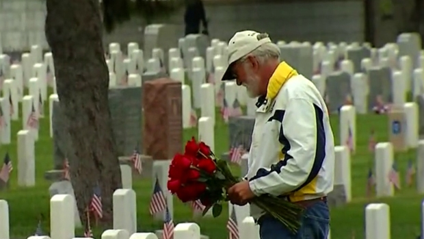 [DGO] 6,500 Roses Distributed at Rosecrans National Cemetery