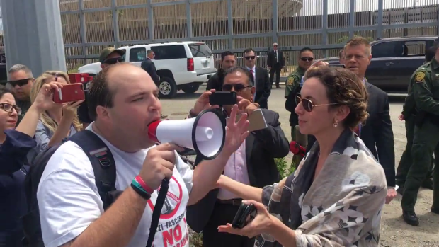 Heckler Interrupts AG Jeff Sessions at Border Newser