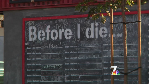 [DGO] 'Before I Die' Wall Fulfills Global Concept