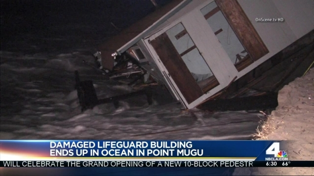 [LA] Huge Waves Destroy Lifeguard Building