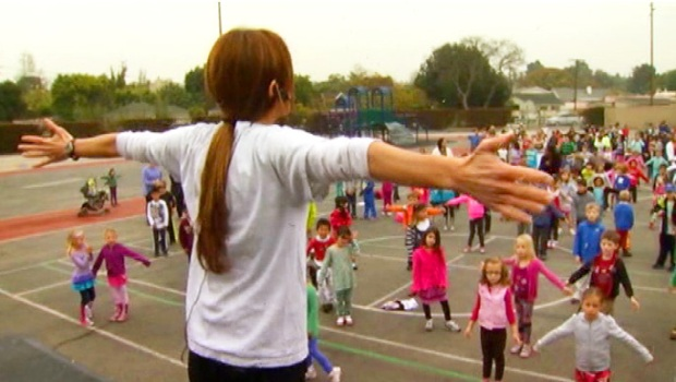 "[NATL-V-LA] Daily School-Wide Workout ""Helps Massively"""