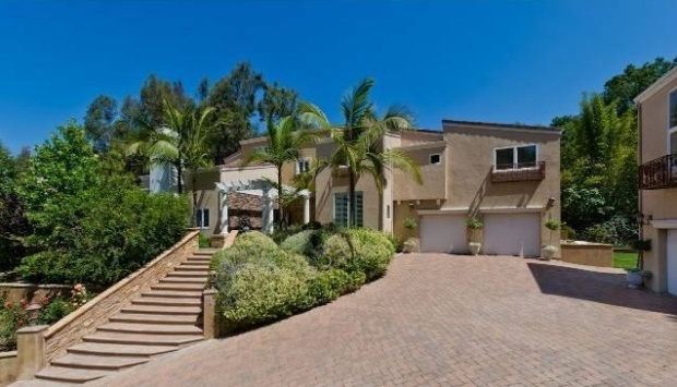 $2.5M for Leona Lewis' Hollywood Hills Home