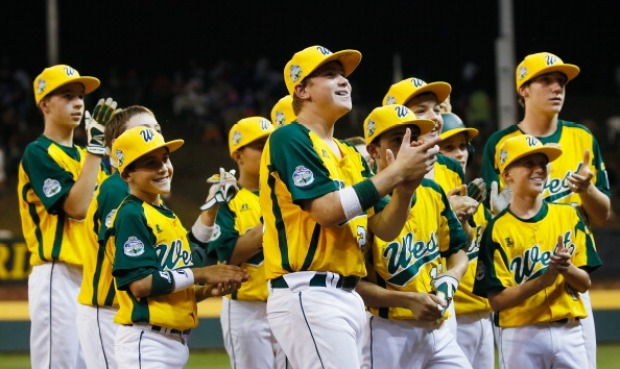 Petaluma Little League Wins 11-1