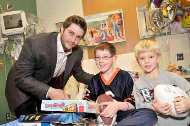 PHOTOS: Jay Cutler Visits Sick Kids