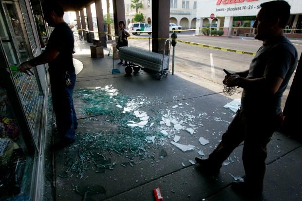 Images: Quake Damage in the U.S.
