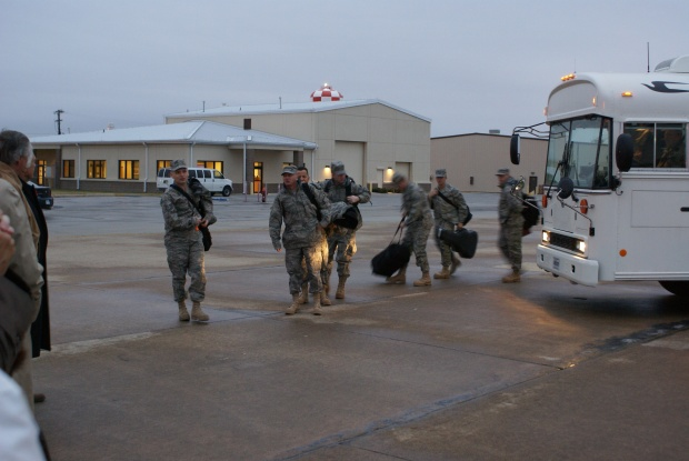 Fort Worth Fliers Leave for Iraq