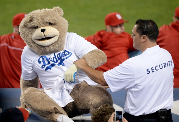 Dancing Rally Bear Cheers on Dodgers
