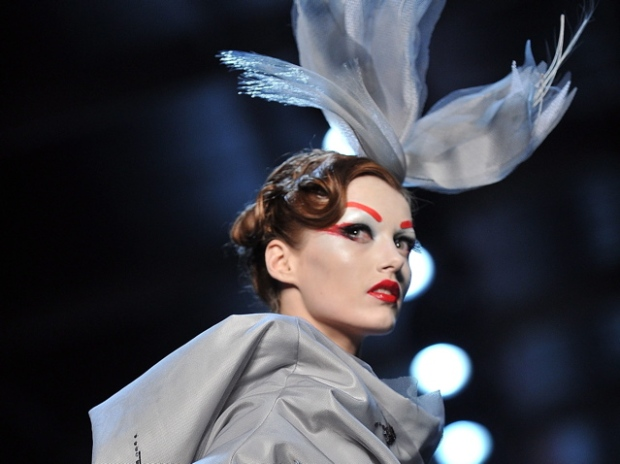 [NATL] Couture: Runway Fashion Around The World