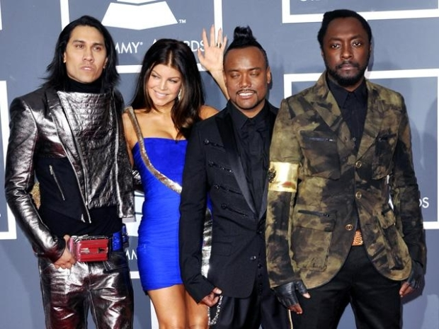 [NBCAH] Black Eyed Peas Keep Eyes On The Stage
