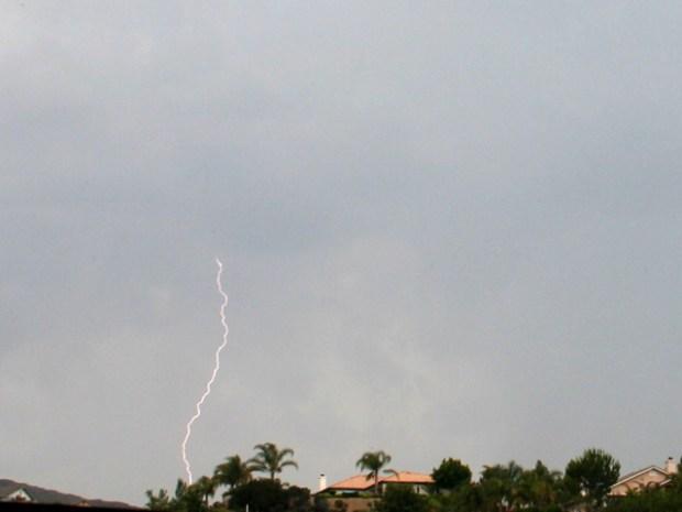 [DGO] Raw Video of Lightning Strikes