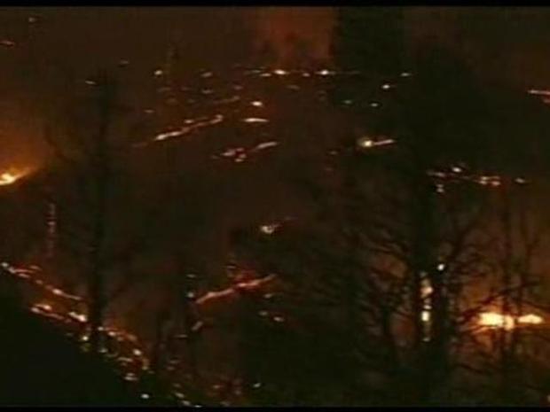[LA] Fire Destroys Homes in Kern County