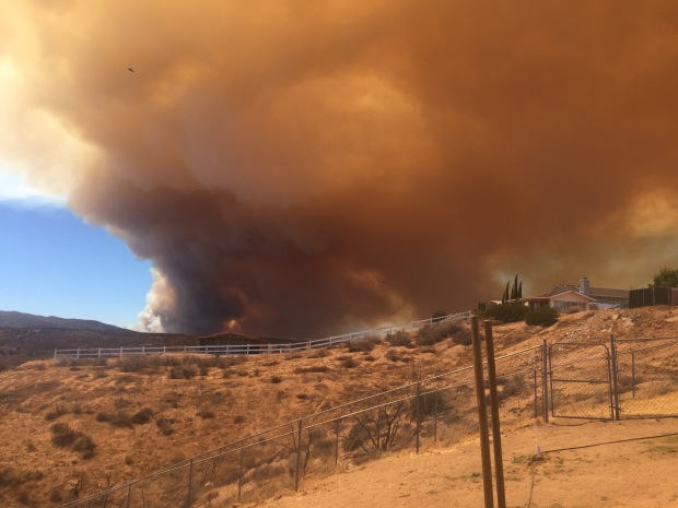 [LA UGC PHOTOS] Blue Cut Wildfire Burns in Cajon Pass