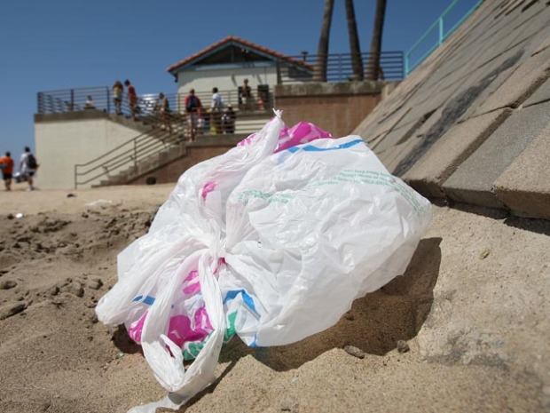 [LA] California Declares War on the Plastic Bag
