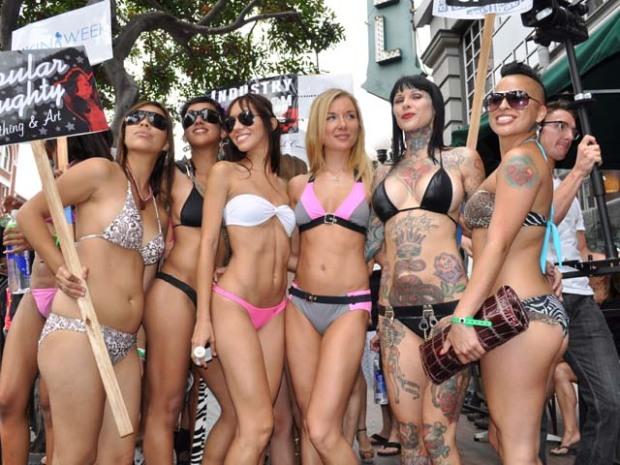 Familiar Face (and Tattoos) at Bikini Parade