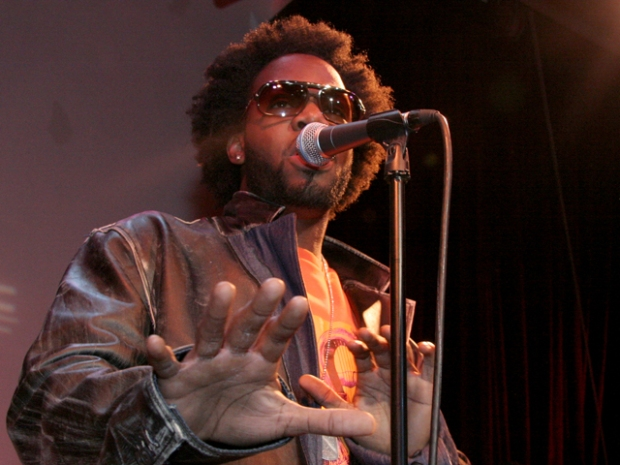 [DGO] Dwele Settles in at Anthology