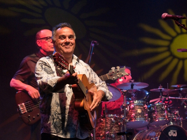 Screen Grabs: Gipsy Kings at Humphreys By the Bay