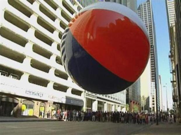 [DFW] Big Beach Ball Drops On Dallas