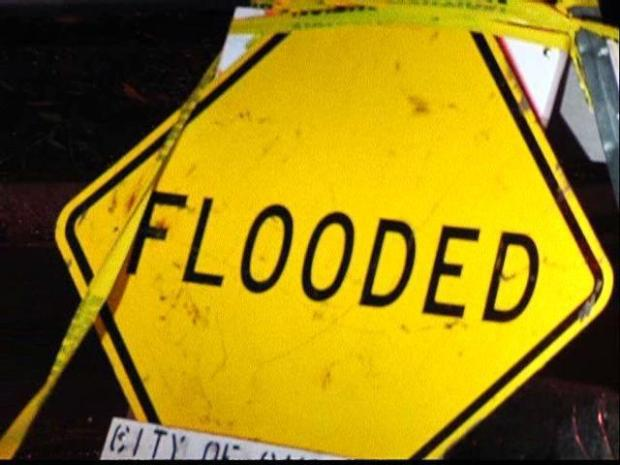[DGO] Flooding Closes Torrey Pines Road