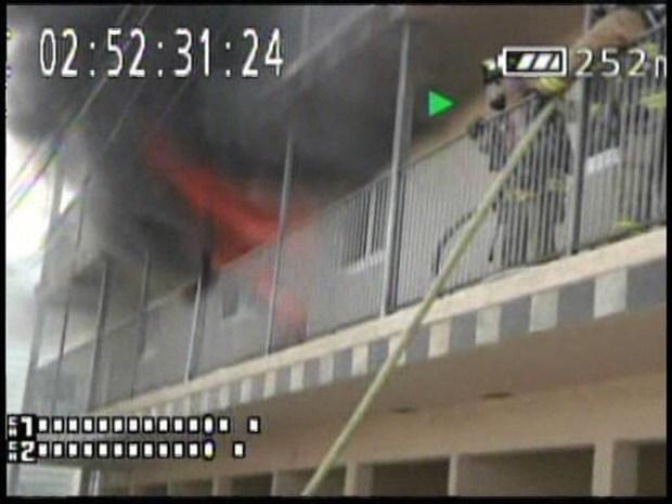 [DGO] Imperial Beach Apt Fire Caught on Camera