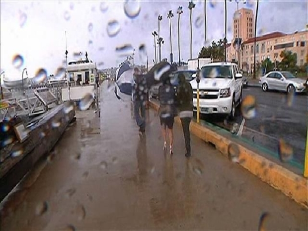 [DGO] Locals Weather a San Diego Storm