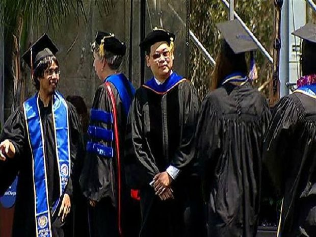 [DGO] UCSD Commencement Ceremonies: Class of 2012