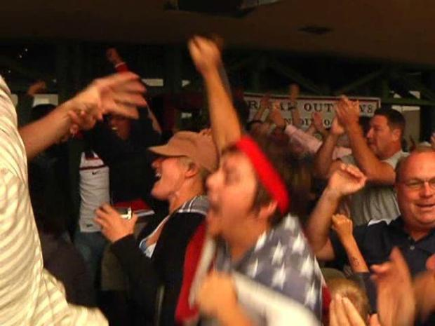 [DGO] USA Fans Erupt Over Last-Minute Goal: Raw