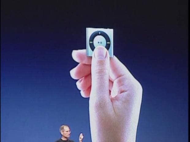 [BAY] Raw Video: Steve Jobs Show Off New Stuff
