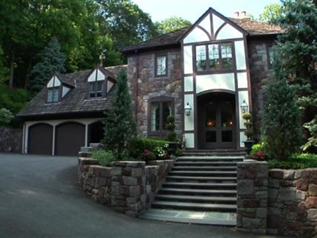 [OHV] Square Feet: $3.4M Montclair, NJ Mansion