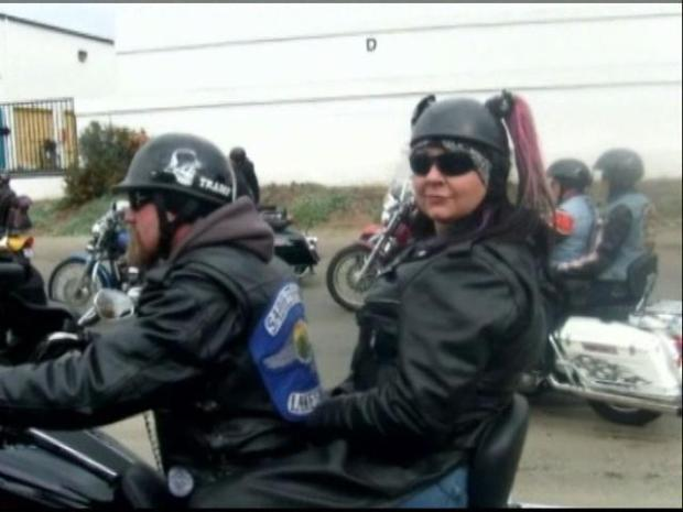 [DGO] Motorcycle Club Finds Ways to Remember Riders