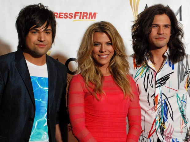 Screen Grabs: The Band Perry at Viejas