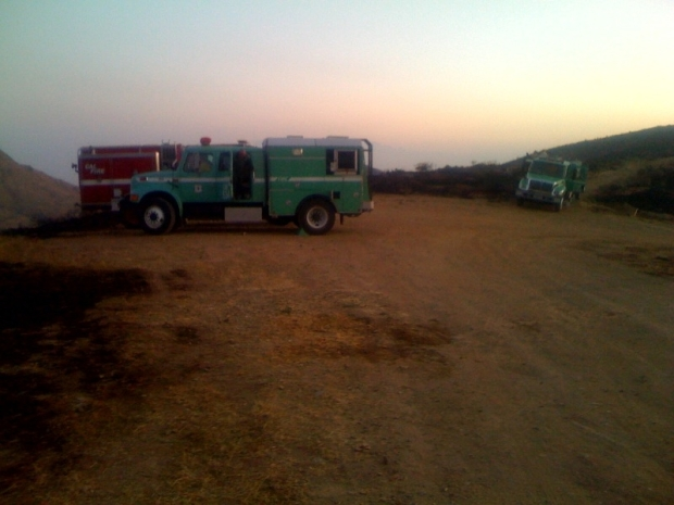 [LA] Crews Gain Ground on Wildfire