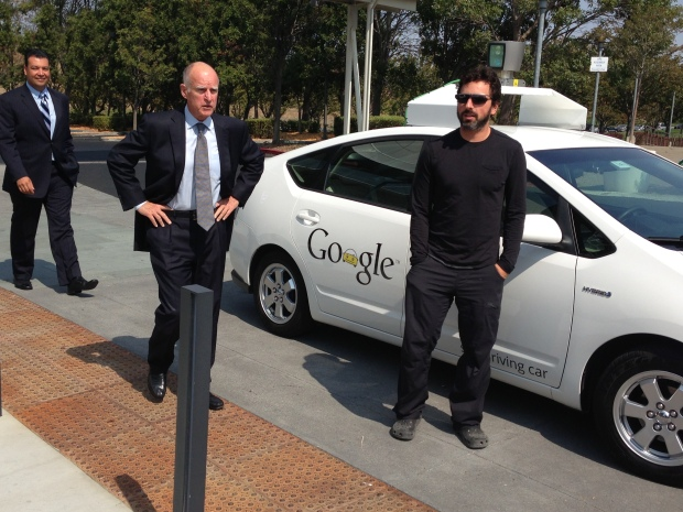 Jerry Brown Signs Driverless Car Bill