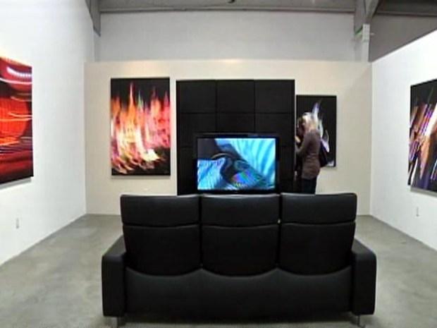 [LA] iPhone Art Gallery Opens in Santa Monica