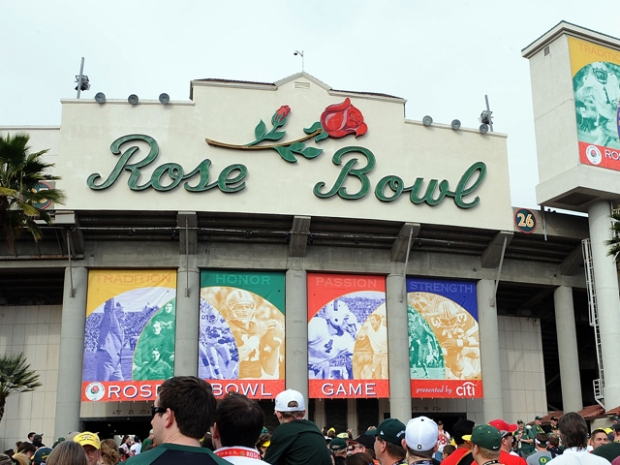 Pac-10 Football: The Run for the Roses