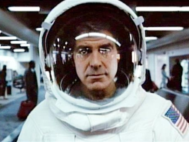 "[NATL] ""Up In the Air"" DVD Features Spaceman Clooney"