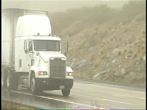 [DGO] Wild Winds Create Hazard for Drivers