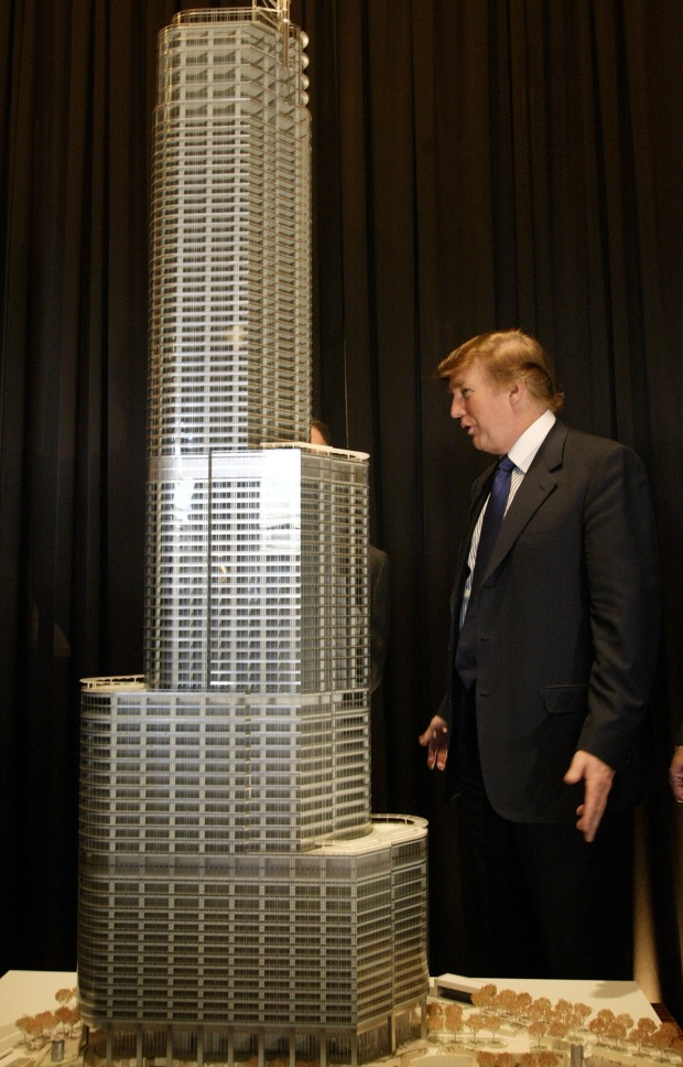 Trump Tower Rises in Chicago