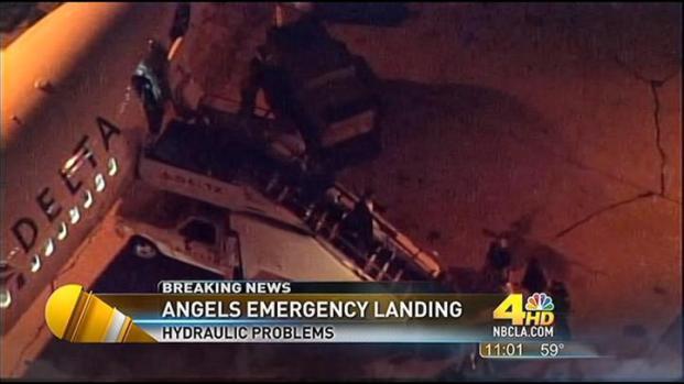 [LA] Angels Team Flight Makes Emergency Landing at LAX