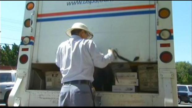 [LA] Postal Service in Dire Straits