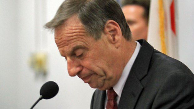 [DGO]Mayor Filner Faces Dueling Recall Efforts